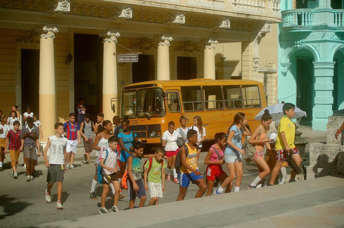Le bus et les enfants